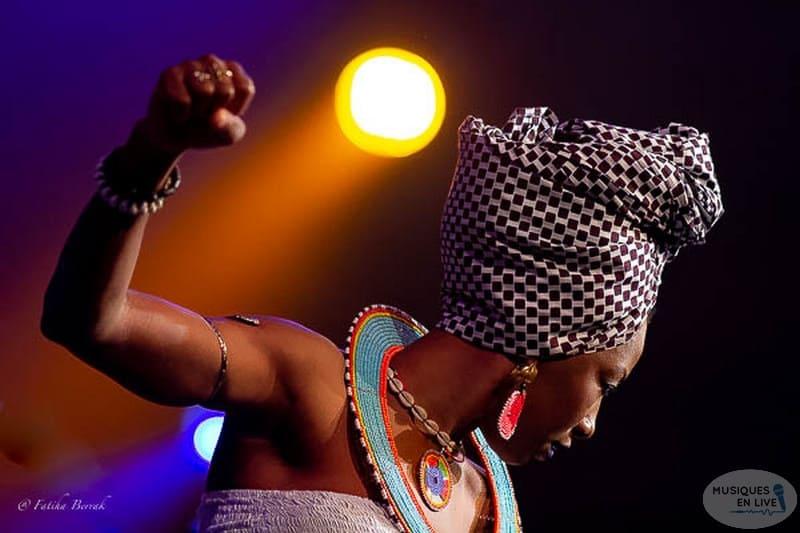 (20) Fatoumata Diawara