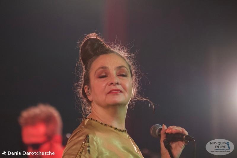 Catherine-Ringer-Chante-Rita-Mitsouko-2019_009