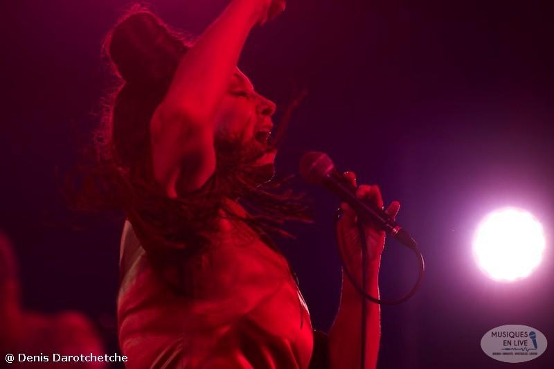 Catherine-Ringer-Chante-Rita-Mitsouko-2019_017
