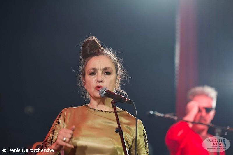 Catherine-Ringer-Chante-Rita-Mitsouko-2019_019