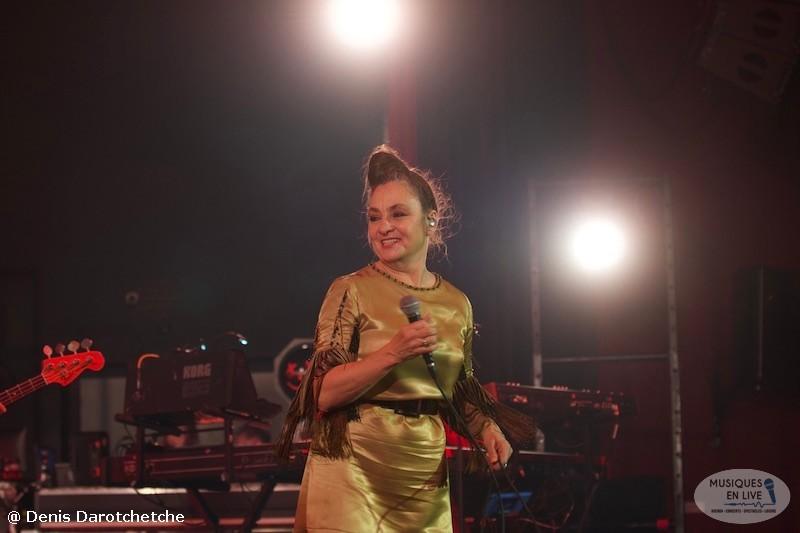 Catherine-Ringer-Chante-Rita-Mitsouko-2019_027