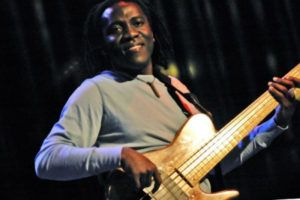 richard_bona_gu_787_ns_600
